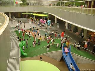 Kids friendly place – Vivocity