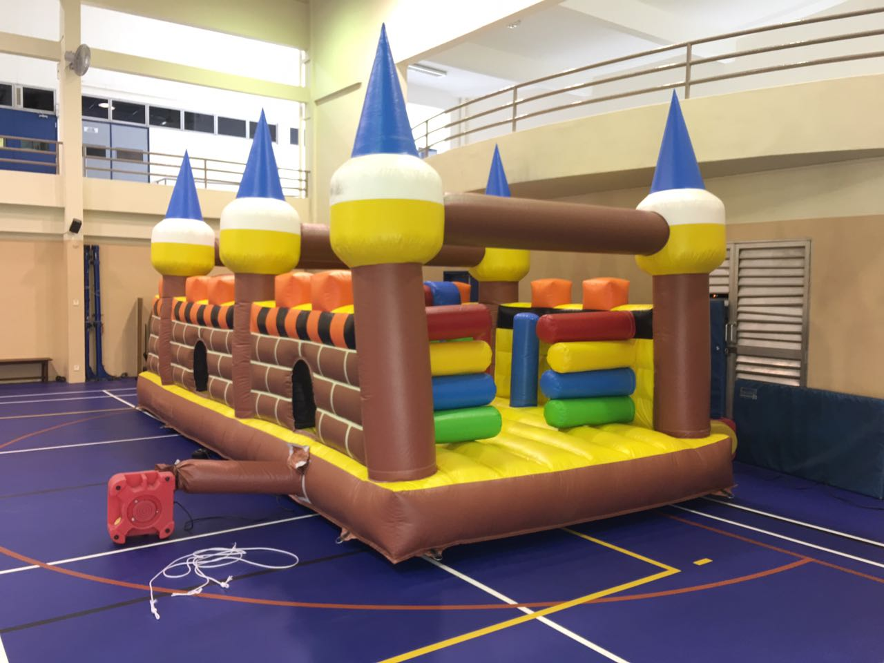 Obstacle Course Bouncy Castle 4 x 8 x 3.5 (ht)m