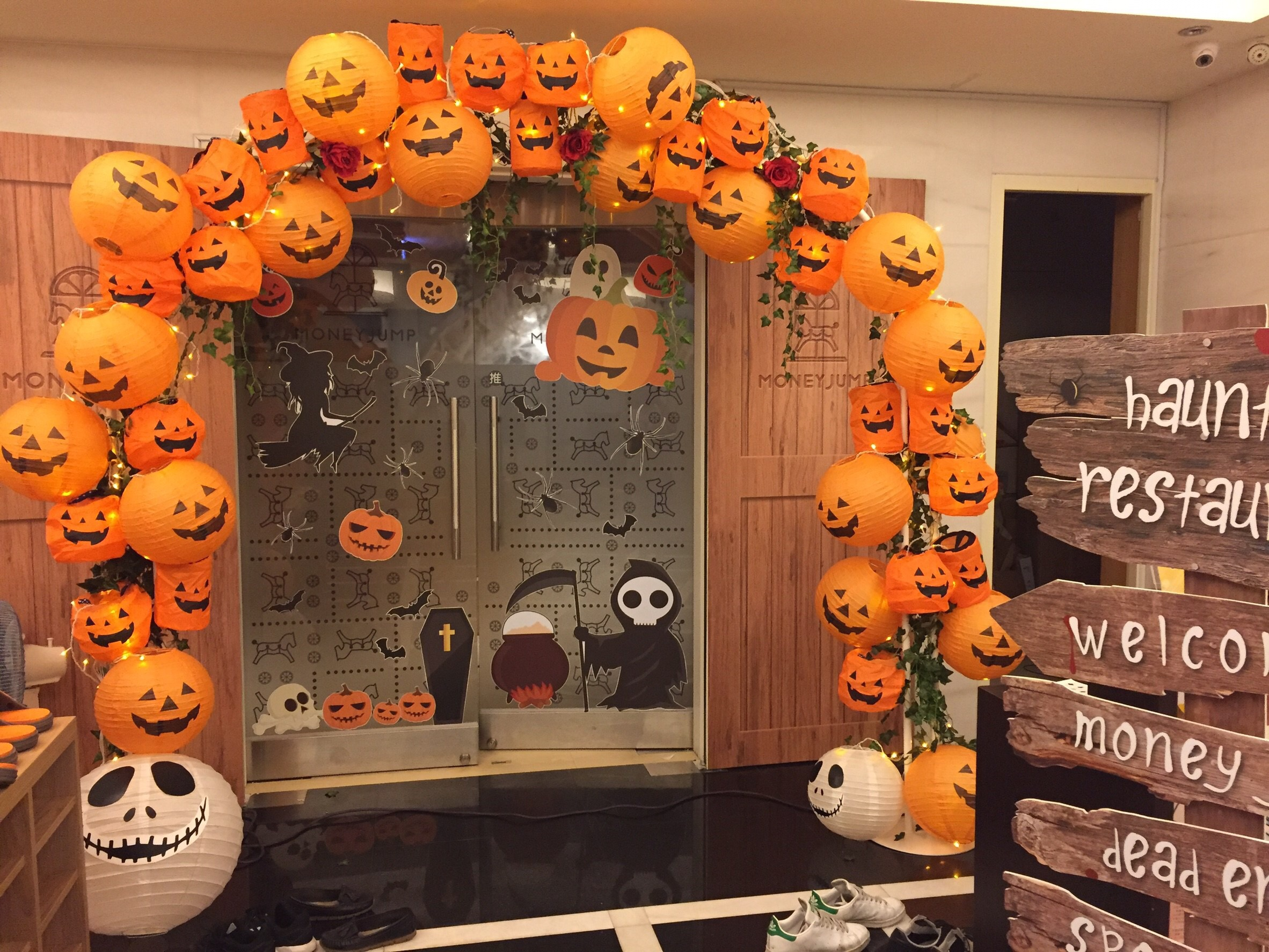 10 DIY Ideas / Tips for Your Halloween Party in Singapore