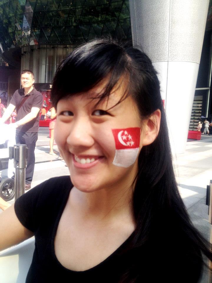 Singapore flag facepainting