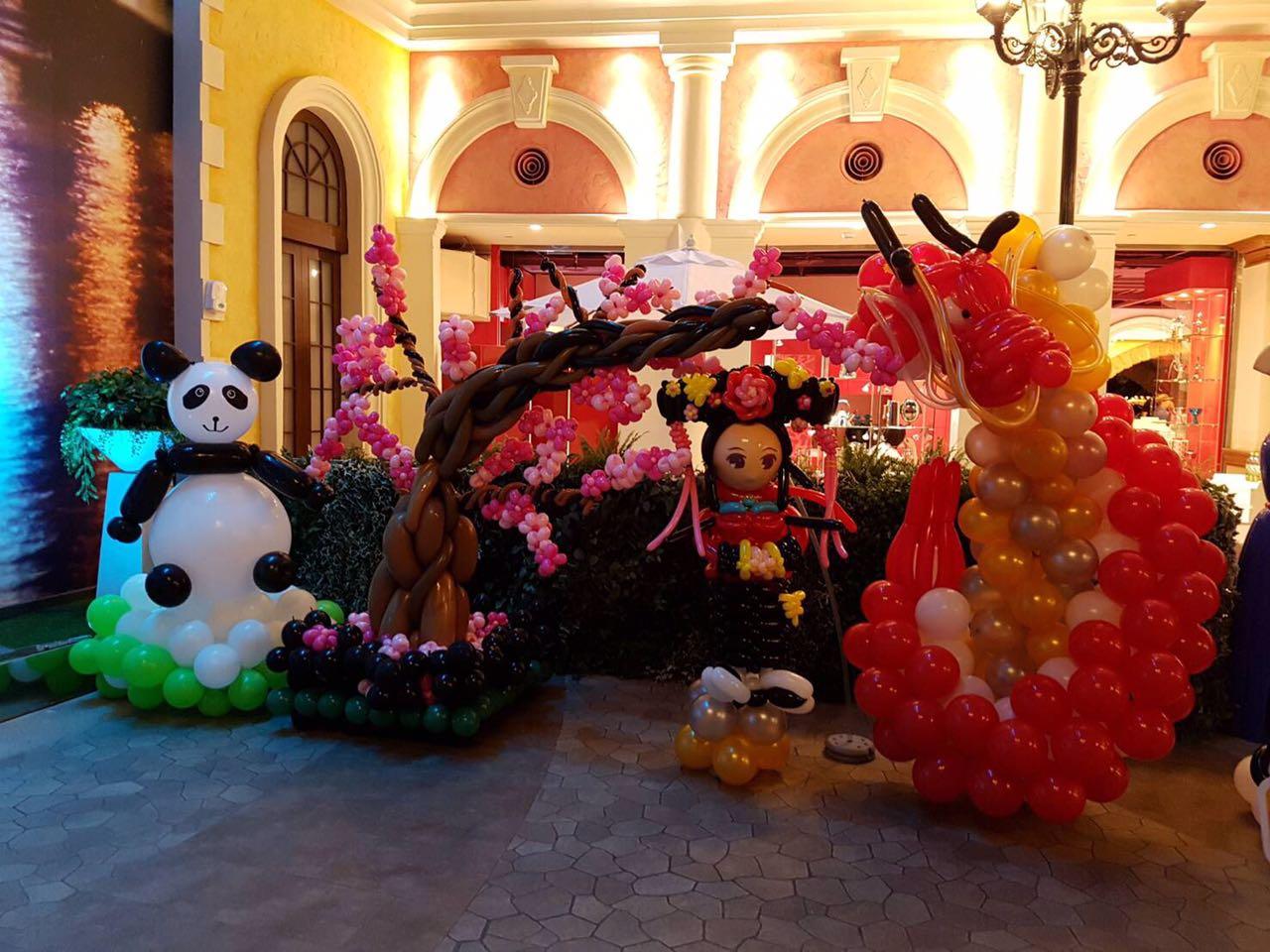 Around the World Theme Balloon Exhibit Chinese Panda, Dragon and Doll